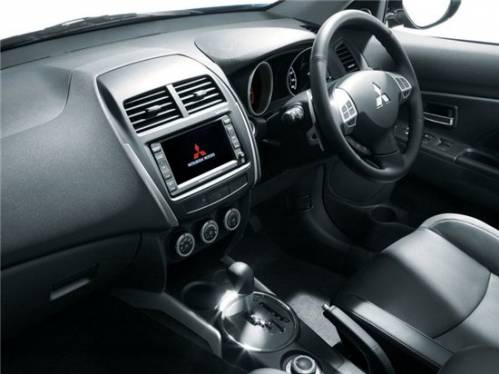 Mitsubishi готовит премьеру компактного кроссовера ASX