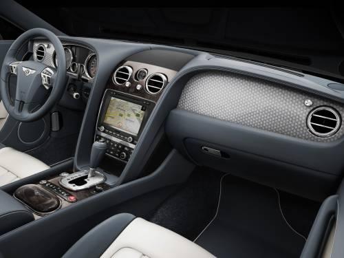 Роскошный Bentley Continental GT V8 2012 года